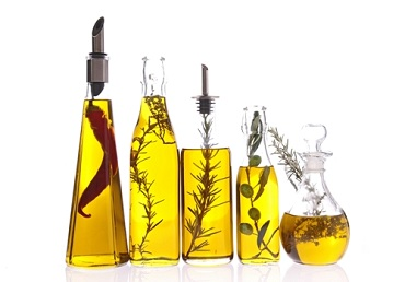 LIST OF CARRIER OILS ACCORDING TO SKIN TYPES